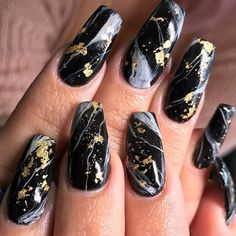 39 Awesome Gradient Marble Nail Art Designs You Must Try Foil Nail Designs, Marble Nail Designs, Marble Nail Art, Black Nail Designs, Acrylic Nail Designs, Black Marble Nails, Black Gold Nails, White Marble, Matte Black