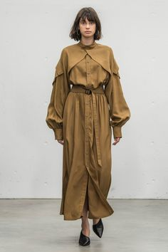 Hyke Tokyo Spring 2018 Fashion Show Collection