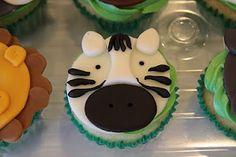 Kaylynn Cakes: Cupcakes