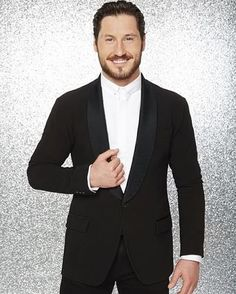 Season 20 Champ Val Chmerkovskiy returning for his 10th season as pro! #DWTS #DWTS22 #ValChmerkovskiy