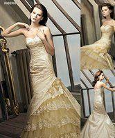 Holy crap I want this dress so badly  La Sposa Madeira