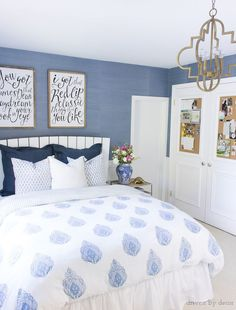 Cork boards added to closet doors in a teen room - LOVE this idea! Post includes link to step by step tutorial to show you how plus four other ideas for decorating kids' rooms!