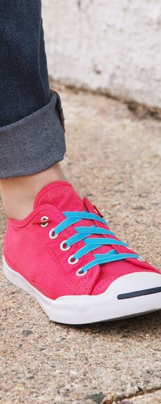 These no-tie shoelaces make it easier to put on shoes, like for folks with dexterity issues or anyone who wants to avoid the tying hassle. Replace dangling laces and messy knots with Laceez to turn just about any laced shoes into a pair of polished looking pull-ons.