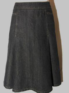 Ann Taylor size 6 Skirt Denim Jean Knee A Line Flared No Slit Stretch Modest #AnnTaylor #ALine