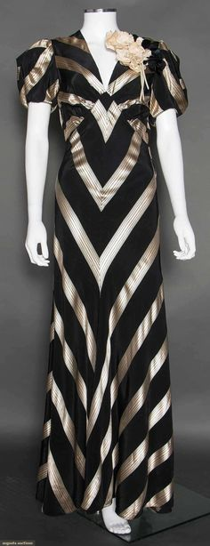Vintage Fashion 1935 dress, black rayon faille with white chevron stripes. Vintage Evening Gowns, Vintage Gowns, Vintage Mode, 1930s Fashion, Art Deco Fashion, Retro Fashion, Vintage Fashion, Vintage Glamour, Vintage Outfits