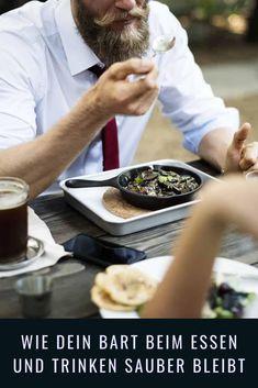 Mit einem Bart ist es leider oft unvermeidbar, dass sich ein Teil deiner Gerichte und Getränke in den Bart verirren. Oft fällt einem das Ungeschick gar nicht auf und erst später im Spiegel folgt die peinliche Realisation, dass man mit dem Nachtisch im Bart unterwegs war. Um dir diese Peinlichkeit zu ersparen, haben wir eine Liste von Methoden und Hilfsmittel zusammengefasst, die dafür sorgen, dass es gar nicht erst dazu kommt. Healthy Soup Recipes, Healthy Snacks, Eat Healthy, Weight Loss Soup, Fiber Rich Foods, Lose Weight Naturally, Afternoon Snacks, Party Snacks, Fresh Vegetables