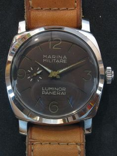 """Vintage Panerai Luminor Reference 6152/1 with rare Angelus 240 movement. Note the rare """"four liner"""" description (Marina Militare Luminor Panerai) on the dial and the very unusual """"sword"""" hands."""