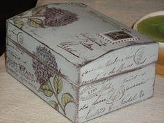 Un rincón de mi: TECNICA DE LA VELA Decoupage Box, Decoupage Vintage, Painted Boxes, Wooden Boxes, Altered Cigar Boxes, Pretty Box, Dose, Box Art, Painting On Wood