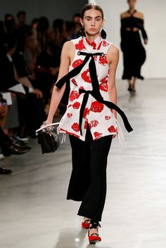 http://www.vogue.com/fashion-shows/spring-2016-ready-to-wear/proenza-schouler/slideshow/collection