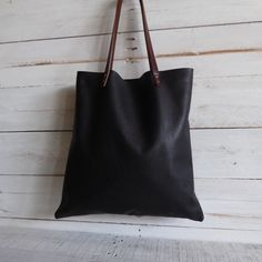 Tote bag soft spanish leather  black de LAMILAcanvas2 en Etsy