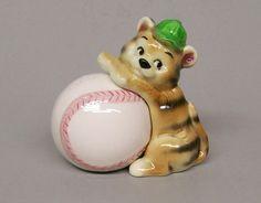 Vintage Lefton Tiger Cub & Baseball Nesting Salt & Pepper Shakers Japan