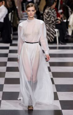 Christian Dior Couture | Haute Couture - Spring 2018 | Look 52