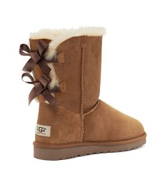 Bailey bow uggs in chestnut