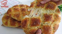 Yumuşak Ve lezzeti MÜKEMMEL👌👌 Evde KAŞAR PEYNİRİ Olan Herkes Yapabilir. Dolgulu Tekli Pide Tarifi⏫ - YouTube Different Types Of Bread, Naan Recipe, Bread And Pastries, Arabic Food, Bread Rolls, C'est Bon, Greek Recipes, Flan, Baked Goods