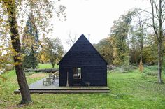 wooden cabin in Belgium rural Woodland Cabin by De Rosee Sa | Photo © Will Scott