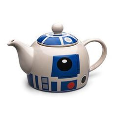 If the Jedi Council were to drop in for tea, you couldn't serve them using just any old teapot. You'll need the help of an elegant astromech droid, from a more civilized age. This little R2 unit is ready to serve up some tea!