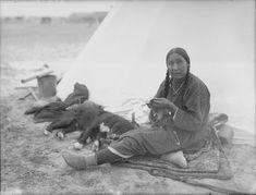 Beading Blackfoot woman