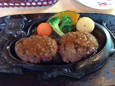 静岡県だけに多数ある、レストランさわやかのハンバーグ