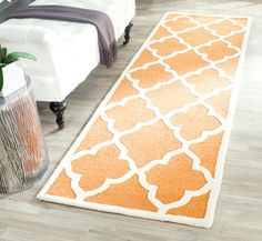 Cambridge Collection CAM312W Color: Coral / Ivory - #safavieh #safaviehrugs #safaviehrunners #rugrunners #rugs #hallwayrugs #entrywayrugs #staircaserugs #staircasecarpets #entrywaycarpts #bedroomrugs #livingroomrugs #diningroomrugs #kitchenrugs #hallwaydecor #entrywaydecor #shoprugs #runnercarpets #bluerunnerrug #tauperunnerrug
