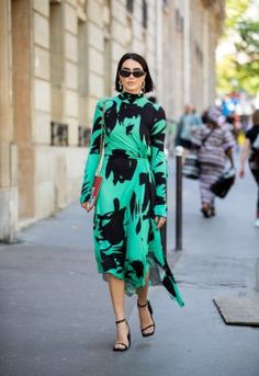 Fashion Weeks, Brittany, Style Guides, Dresses With Sleeves, Long Sleeve, Fashion Ideas, Everything, Sleeve Dresses, Long Dress Patterns