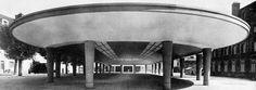 Marché couvert, Fontainebleau (France) | La halle de béton achevée en 1942 par Nicolas Esquillan.
