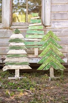 Standing Pallet Trees