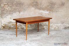 TABLE DE REPAS EN TECK, PIEDS OCTOGONE, 2 RALLONGES, ESPRIT SCANDINAVE http://www.gentlemen-designers.fr