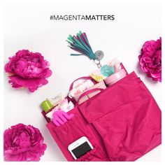 Magenta Love ToteSavvy® was designed in collaboration with the non-profit organization METAvivor––with 100% of all net profits from this limited edition style d