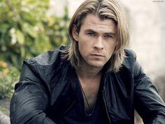 I got: You subconsciously desire Chris Hemsworth ! Which Famous Man Do You Subconsciously Desire?