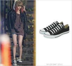 """I Knew You Were Trouble"" music video Converse 'Chuck Taylor All Star Lo-Top' - $50.00 Busy girl! Straight after her win at this years' American Music Awards for Favorite Country Female, Taylor got to..."