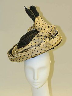 Hat (front view)   United States, circa 1898   Materials: straw, silk   The Metropolitan Museum of Art, New York