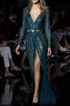 Zuhair Murad, Fall/Winter 2015 Couture X Zuhair Murad, Couture Fashion, Runway Fashion, Ellie Saab, Looks Street Style, Nice Dresses, Formal Dresses, Carolina Herrera, Beautiful Gowns