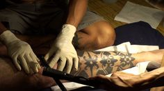 traditional Iban tattoo - Timelapse.. Borneo Headhunter Tattoo