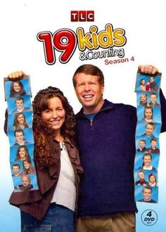 The 19 Kids & Counting Season 4 DVD recounts how the Duggars, America's largest reality TV family, let their strong faith carry them through the prema. Co Parenting, Foster Parenting, Best Tv Shows, Favorite Tv Shows, Shows On Tlc, Duggar Family Blog, Dugger Family, 19 Kids And Counting, Popular Shows