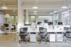 interiores de colores de oficina