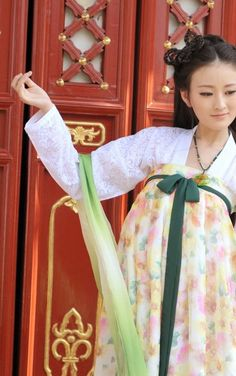 Ancient Chinese Tang Style Clothing for Women #hanfu