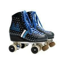 Muy padres los patines de Matteo como siempre muy cool...