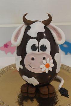 uovo decorato mucca