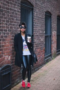 #Red New balance / Fall/ Winter Style Inspiration / Pinterest / New Balance, Chic and Red
