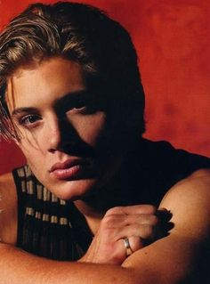 Jensen Ackles from his soap days 🎥 Jensen Ackles Young, Jensen Ackles Jared Padalecki, Jesen Ackles, Fanfiction, Sam And Dean Winchester, Supernatural Memes, Wattpad, Handsome Actors, Smallville
