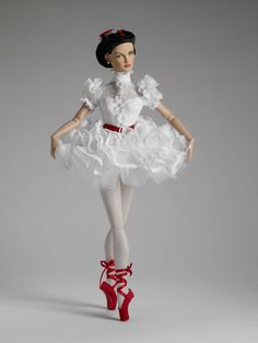 Tonner Dolls Scarlett Ballerina Doll--it's like the adorable lovechild of my 2 favorite movies growing up (Gone With the Wind and The Red Shoes).