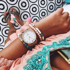 pretty in pink | @novalanalove is styling our golden mesh watch with pretty pink details | kapten-son.com