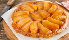 Today I tried my first ever Tarte Tatin and it has got my appetite up for more of them. So I'm looking for other alternative recipes for Tarte Tatin. Pear Tarte Tatin, Vegetable Tart, French Dishes, Kinds Of Desserts, Juicy Fruit, Apple Recipes, Apple Desserts, Original Recipe, Food Network Recipes