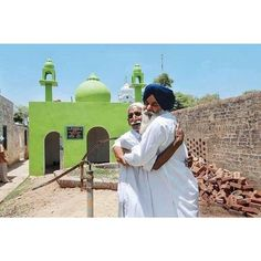"""Sikhs help rebuild Mosque  """"Punjab never fails to surprise! Another heart-warming story of inter-communal camaraderie where Sikh helped in building a Mosque for Muslims which was said to be the oldest relic of Sarwarpur. A wealthy Sikh family in Sarwarpur was moved by the fact that Muslims had nowhere to worship in the village decided to rebuild the old mosque using the original foundation for the 11 Muslim families and some other migrant farm labourers in the village. A native of Sarwarpur…"""