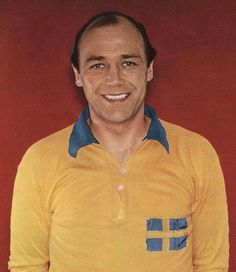 Gunnar Gren - Gårda BK, IFK Göteborg, AC Milan, Fiorentina, Genoa, Örgryte IS, IK Oddevold, Sweden.