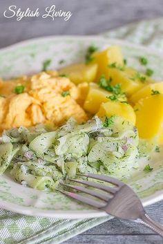 Gurkensalat nach Tim Mälzer, Kartoffeln und Rührei