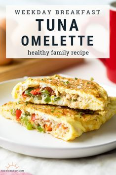 I love having this tuna omelette for a healthy breakfast Its made with eggs tuna peppers and cream cheese for a low carb and keto breakfast The recipe is high in protein. Healthy Omelette, Breakfast Omelette, Easy Omelette Recipe, Omelette Ideas, Gluten Free Recipes For Breakfast, Healthy Breakfast Recipes, Healthy Recipes, Free Breakfast, Stuffed Peppers