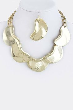 """Gold Crescent Chain Link Statement Necklace - Crescent Link Drape Chain Link Necklace With Gold Accent StarShine Jewelry. $24.10. Lead compliant. Crescent 2"""" x 1"""". Lobster claw clasp with 3"""" extender. Crescent link necklace. Length approx 17"""""""