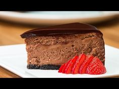 Chocolate Mousse Cheesecake - Use GF cookies for crust Dairy Free Chocolate Cake, Chocolate Banana Bread, Decadent Chocolate, Food Cakes, Cupcake Cakes, Cupcakes, No Bake Desserts, Just Desserts, Delicious Desserts