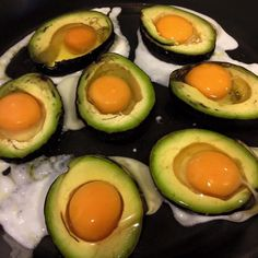 Fried egg in avocado@my yoga friend's retreat in villa shirahama, day1⑥/アボカド目玉焼き@yoga友のリトリート in villa shirahama, 1日目⑥